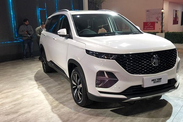 MG Hector Plus Unveiled at 2020 Auto Expo