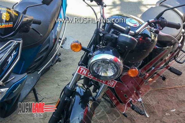 Royal Enfield Meteor 350 in Clear Image