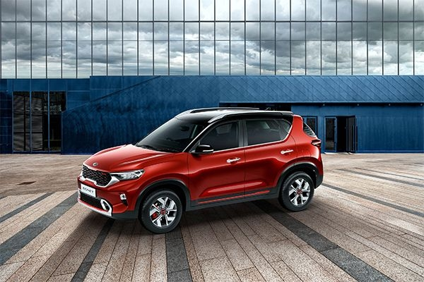 Kia Sonet Makes World Premiere in India