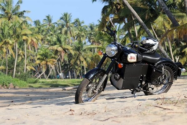 Royal Enfield Bullet Modified into Electric Motorcycle