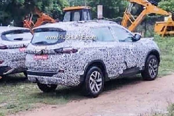Tata Harrier Petrol and Tata Gravitas Spied