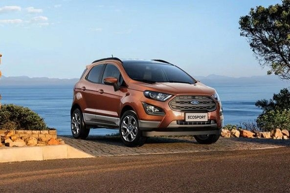 Ford EcoSport Road Side