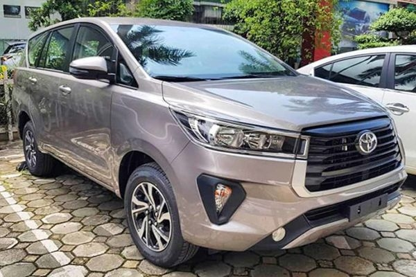 Exclusive: Toyota Innova Crysta Facelift to Offer a New Colour Option