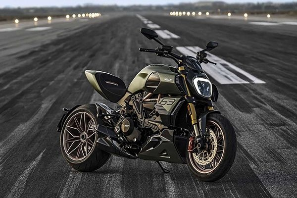2021 Ducati Diavel 1260 Lamborghini Revealed