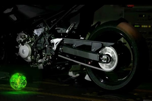Kawasaki Showcase Future Technologies for Motorcycles