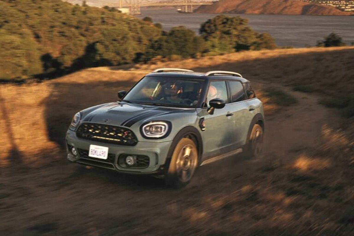 New MINI Countryman Launched at Rs 39.50 Lakhs
