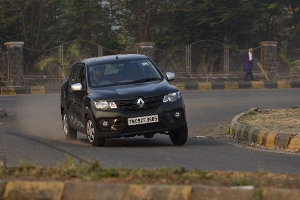 Like the 0.8-litre variant, the Kwid 1.0 handles like a bigger, more expensive car.