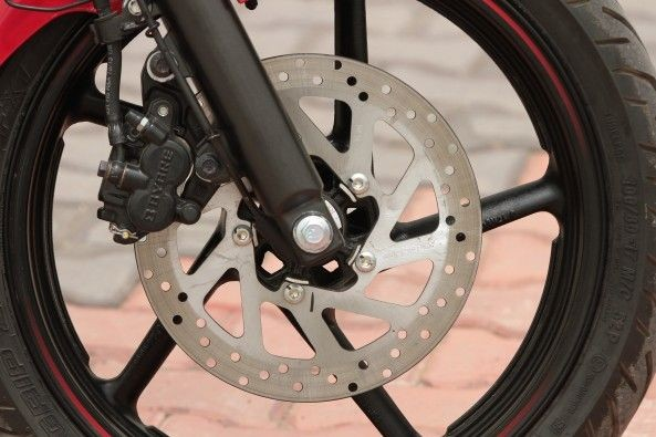 Front and rear brakes offer ample braking power.