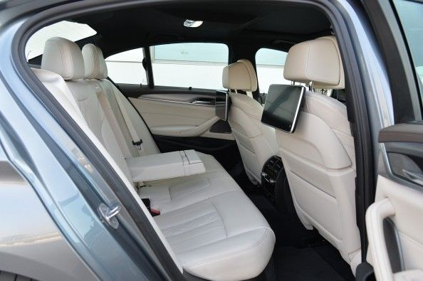 The nearly 3-metre long wheelbase ensures that leg-room is more than adequate. Seats are supremely comfy too.