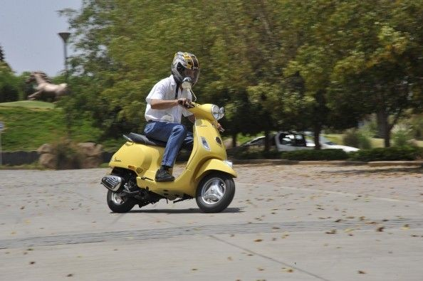 The power delivery from the engine is creamy smooth and the scooter itself feels vibration-free.
