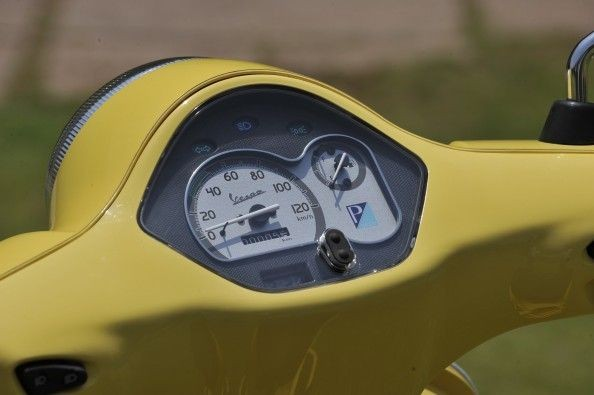 the instrument console has basic functionality, but gels well with the overall retro theme of the bike.