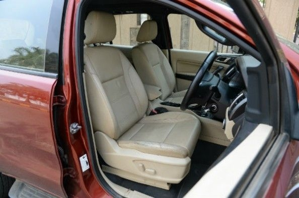 Ford Endeavour front seats