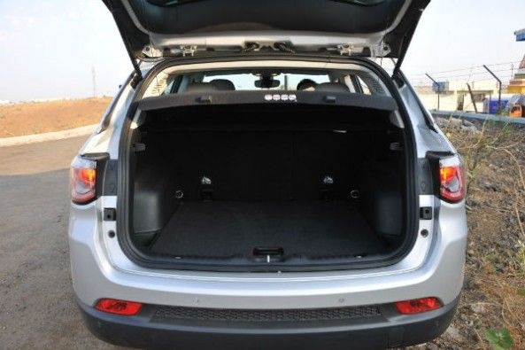 Boot space in the Jeep Compass is 408-1191 litres