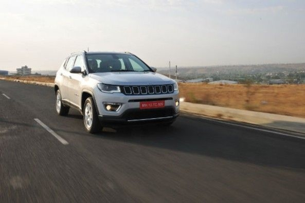 Jeep Compass tracking