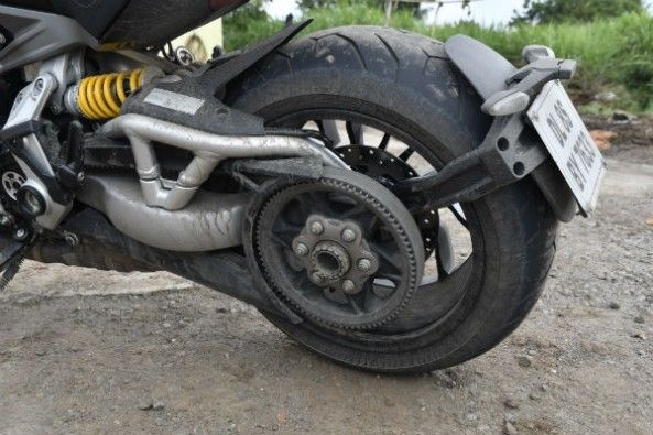 Ducati xDiavel rear wheel and suspension