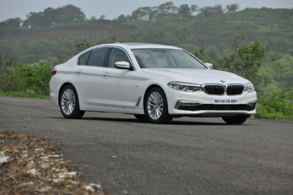 The luxury Line variant comes with a milder bodykit than the fully-loaded MSport variant.