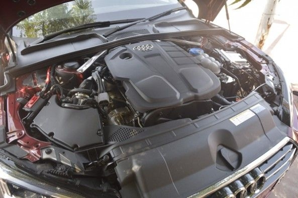 354 hp and 500Nm 3.0-litre twin-scroll turbo V6 engine.