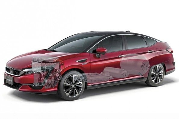 The hydrogen powertrain on the Clarity similar to a V6.