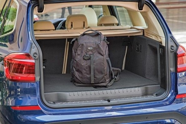 Decent luggage capacity in the X3.