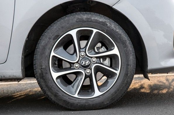 Alloy wheels on the Grand i10 look neat.