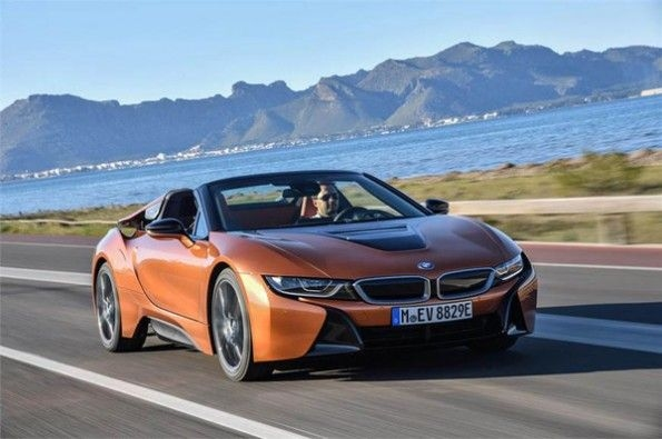 The i8 can cruise in only electric mode as well.