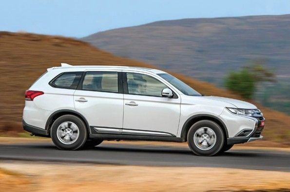 The large Outlander has a sharp front-end.