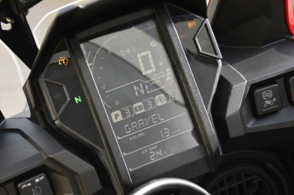 The new instrument cluster looks neat.
