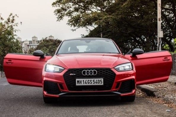 Audi_RS5_Coupe_8