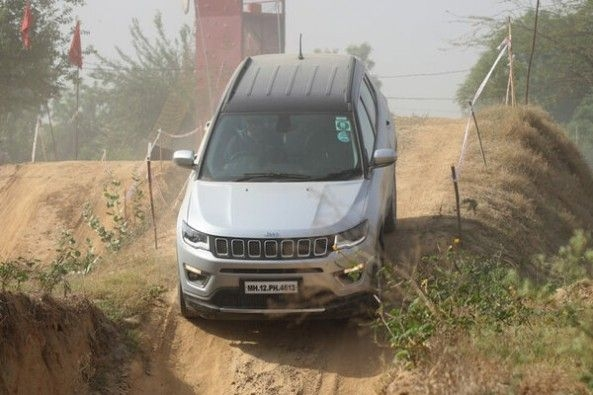 Jeep Compass Off-Roading Downward Slope