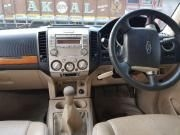 Ford Endeavour 2.5L 4x2 2012