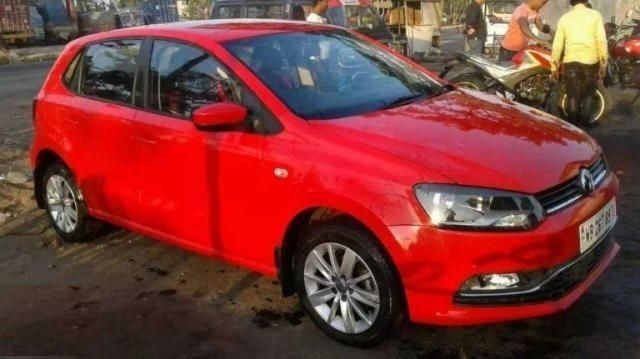 Volkswagen Polo Highline 1.2L (P) 2016