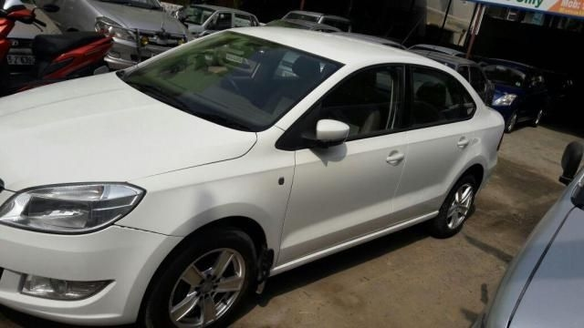 Skoda Rapid AMBITION 1.6 TDI CR MT 2013
