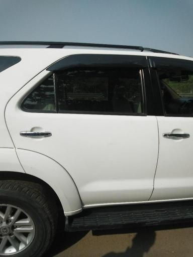 Toyota Fortuner 2.8 4x2 AT 2012