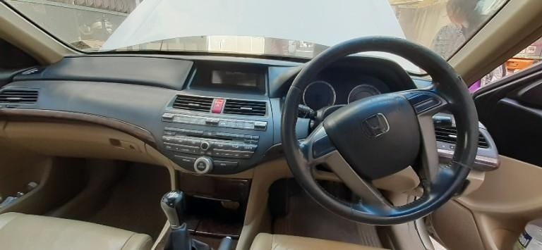 Honda Accord 2.4 Elegance MT 2011