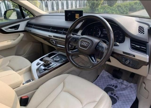 Audi Q7 45 TDI Technology Pack 2015