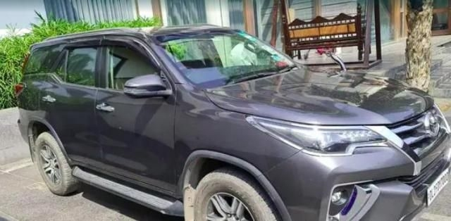 Toyota Fortuner 3.0 4X2 AT 2019