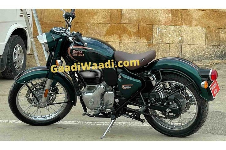 2021 Royal Enfield Classic 350 Spied in Production-Ready Format